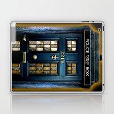 Tardis doctor who Mashup with sherlock holmes 221b door Laptop & iPad Skin