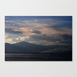 Better off to see the sea Canvas Print
