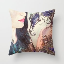 Anni Throw Pillow