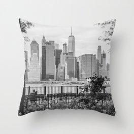 New York Lovers II Throw Pillow