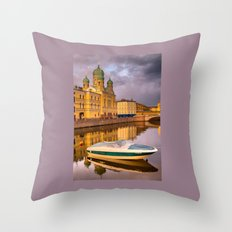 Church of the Holy Isidorovskaya  Throw Pillow