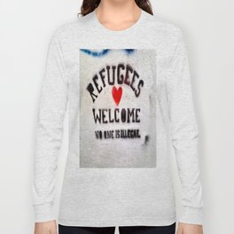Refugees Welcome Long Sleeve T-shirt