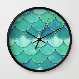 Abstract Fish Pattern Green Wall Clock