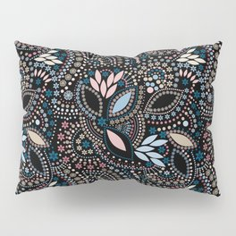 Abstract pattern with beads on black Pillow Sham