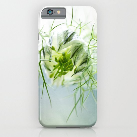 Nigella, Tarhaneidonkukka iPhone & iPod Case