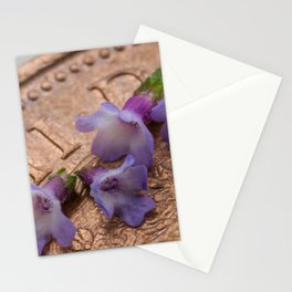 tiny flowers on a coin Stationery Cards
