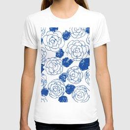 Blue blockprint roses T-shirt