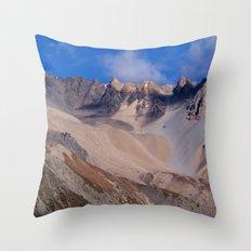 Scenery Yak Kharka to Thorung Phedi Throw Pillow