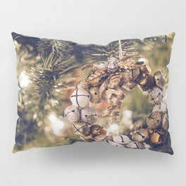 Jingle Bell Wreath on Christmas Tree (Color) Pillow Sham