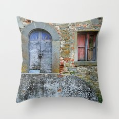 Old House in Italy Throw Pillow