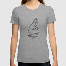 Aphrodite statue T-shirt