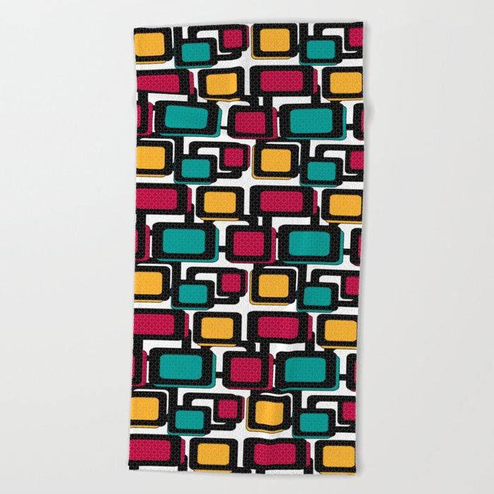 Seamless pattern with geometric elements Beach Towel