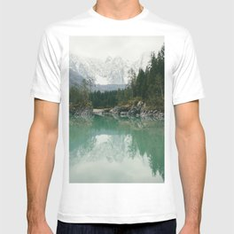 Turquoise lake - Landscape and Nature Photography T-shirt