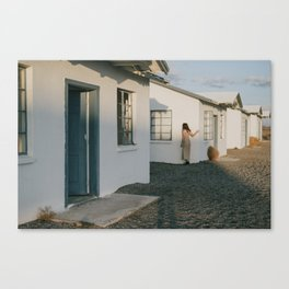 Don't Blend In // Roy's Motel, Route 66 California Canvas Print