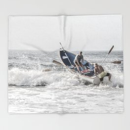 Get a leg up Throw Blanket