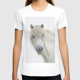 Horse eyes look at you T-shirt
