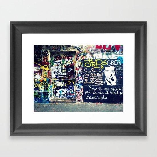 Graffitis in Paris Framed Art Print