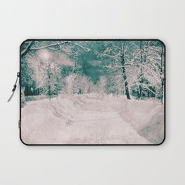Winter wonderland. Halftone effect Laptop Sleeve