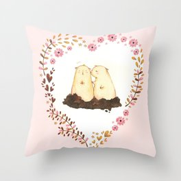 kiss ! Throw Pillow