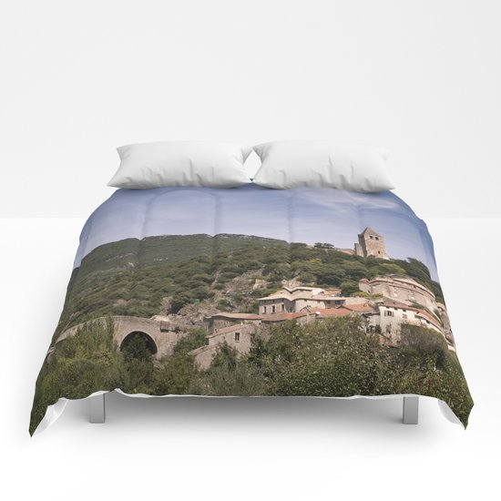 Olargues France Comforters