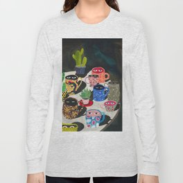 Suspicious mugs Long Sleeve T-shirt