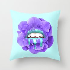 VIOLET KISS Throw Pillow