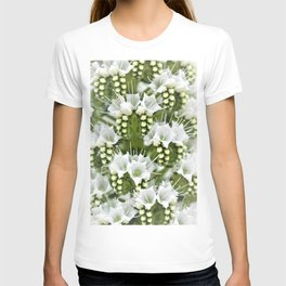 White petals like Snowflakes by Reay of Light T-shirt