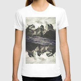 LAND 77 T-shirt