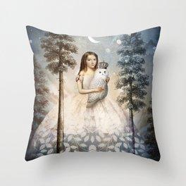 Fille en Aiguilles Throw Pillow