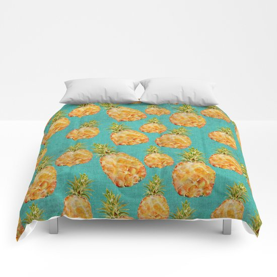 Summer pineapple fruit holiday fun pattern Comforters