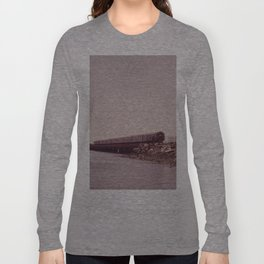 NEW YORK SUBWAY IS ABOVE GROUND WHEN IT CROSSES JAMAICA BAY AREA Long Sleeve T-shirt