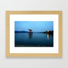 itsukushima shrine at dusk, miyajima Framed Art Print