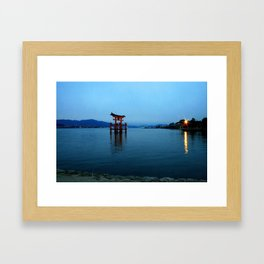 itsukushima shrine at dusk, miyajima Framed Art Print