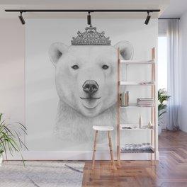 Queen bear Wall Mural