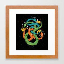space snakes love pizzsssa Framed Art Print