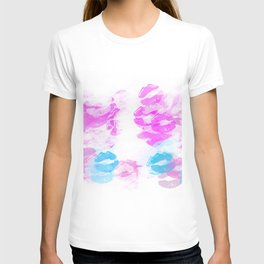 kisses lipstick pattern abstract background in pink and blue T-shirt