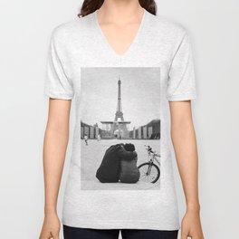 Paris Lovers Unisex V-Neck