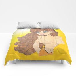 brunette beauty Comforters