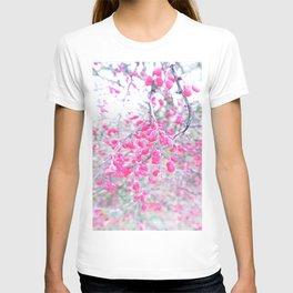 rose berries T-shirt