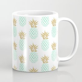 Elegant faux gold tropical pineapple pattern Coffee Mug