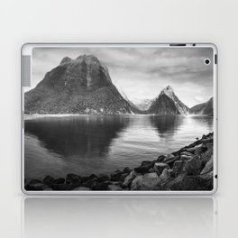 Milford Sound Panorama in black and white Laptop & iPad Skin