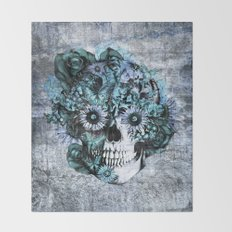 Blue grunge ohm skull Throw Blanket