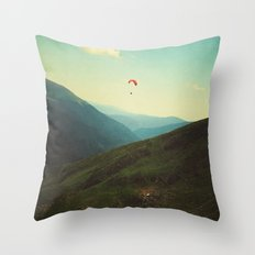 A solitary moment Throw Pillow