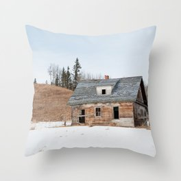 Usona Farm-house 3 Throw Pillow
