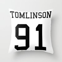 louis tomlinson Throw Pillows featuring TOMLINSON by kikabarros