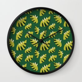 Pretty Clawed Green Leaf Pattern Wall Clock