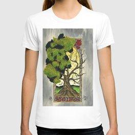 Tree with deco border. T-shirt