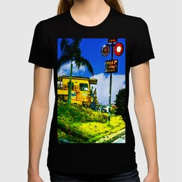 Towing train T-shirt