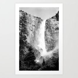 Bridal Veil Falls in Yosemite National Park, California Art Print