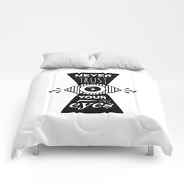 Graphic Poster - Never Trust your own eyes - Quatreplusquatre revisits Obey® Comforters